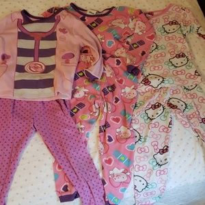 3 set of PJs